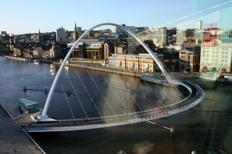 Gateshead_Millennium_Bridge